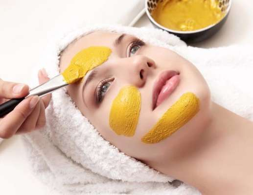 Turmeric Face Pack For Dry Skin